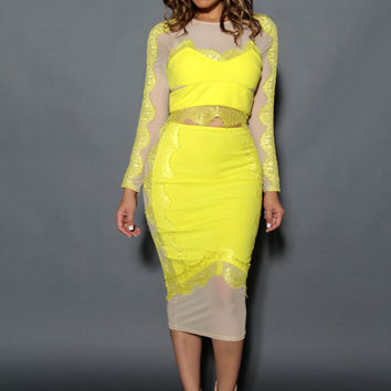 Chic Long Sleeved Crop Top & Midi Skirt Set W/ Mesh Insets In Yellow