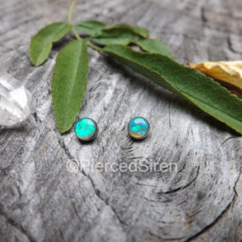 Dermal tops conch earrings green opals 16g 4mm titanium threaded ends body jewelry helix studs forward helix earrings internally threaded 1