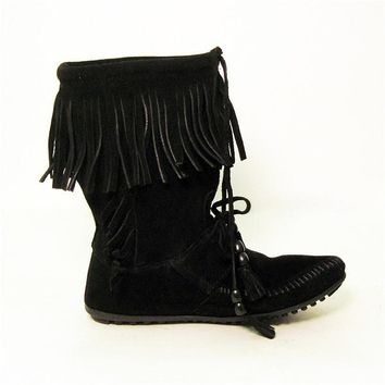 Minnetonka Woodstock - Black Fringe Boot
