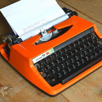 Christmas SALE! - Working Typewriter - Orange Vendex 800 - Fully Serviced