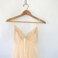 20% OFF SALE vintage sheer peach babydoll lingerie // negligee // teddy // womens's size 34 B