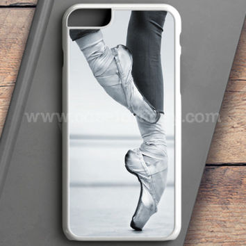 Ballet Dancer En Pointe iPhone 6 Case | casefantasy