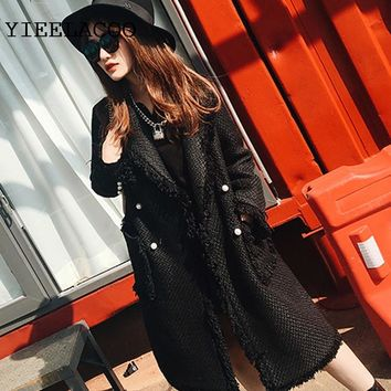 Black/white tweed jacket 2018 women's jacket two-color pearl buckle fringed side small fragrance in the long coat