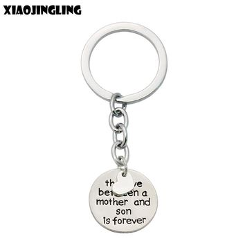 XIAOJINGLING Key Chains Family Keyrings Gifts The Love Between Grandmother/Granddaughter/Mother/Daughter/Father/Son Is Forever