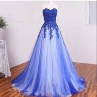 Elegant Ball Gown Prom Dress New Gorgeous blue Sweep Train lace Sweet 16 Gowns tulle Quinceanera Dresses