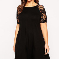 Plus Size Black  Raglan Short Sleeves Lace Swing Dress