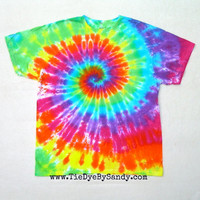 CLEARANCE: XL Rainbow Spiral Tie Dye Shirt