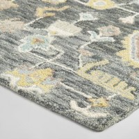 Gray Persian Style Tufted Wool Asha Area Rug