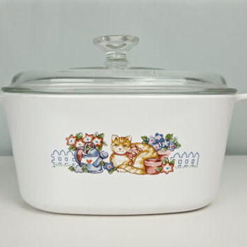 RARE Garden Cat Corning Ware 3 Quart Casserole Dish Lid Limited Edition 1996 Garden Cat Collectible Corningware Country Cottage Shabby Chic