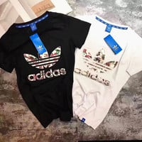 """""""ADIDAS""""Fashion Stick a skin embroidered surface casual T-shirt"""