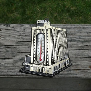 1940s or 1950s Vintage Park Bank Advertising Thermometer, Knoxville, Tennessee, Molded Plastic, 6 x 5 Inches, Vintage Knoxville Advertising