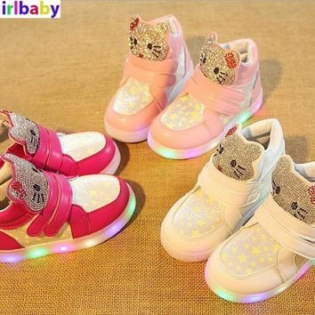 Kids Casual LED Shoes Girls Glowing Sneakers Children Hello Kitty Shoes With Led Light Baby Girl Lovely Boots