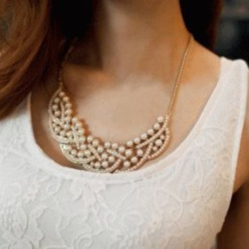 Pearl Pedal Fashion Necklace | LilyFair Jewelry