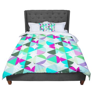 "83 Oranges ""Retro"" Blue Green Digital Comforter"