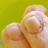Halloween Soap - BIG Toe Soap - Decorate your bathroom with these scary soaps - halloween party decoration