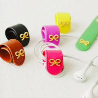 Gold Ribbon Roll Up Earphone Organizer