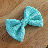 "4.5"" mint lace hair bow, mint and white big hairbow, lace hair bow, fabric bow hair clip, mint hair bow, mint bows, hairbows"