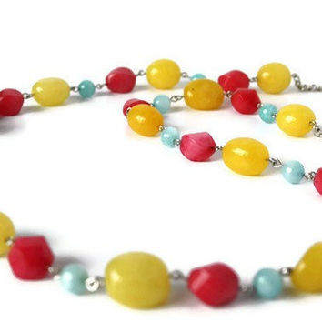 Pastel Necklace in Aqua, Yellow and Pink. Simple Beaded Necklace, Perfect Summer Fashion. Colorful Bright Jewelry