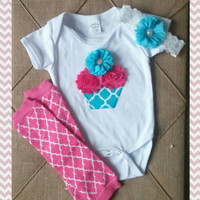 Pink Quatrefoil Cupcake First Birthday Outfit - Birthday Outfit - Hot Pink Blue - Chevron - Baby Girl - Onesuit - Headband - Photo