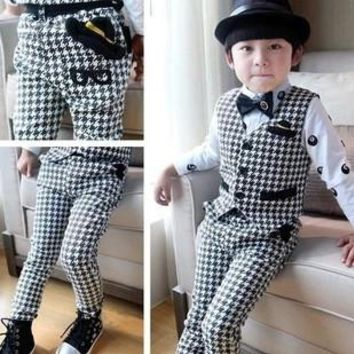 2015 New Design Kids Plaid Vest Suits for Boys Brand England Style Kids Autumn Weddings Waistcoat Suits Boys Formal Outwear C059
