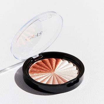 OFRA Cosmetics NIKKIETUTORIALS Blind The Haters Highlighter | Urban Outfitters