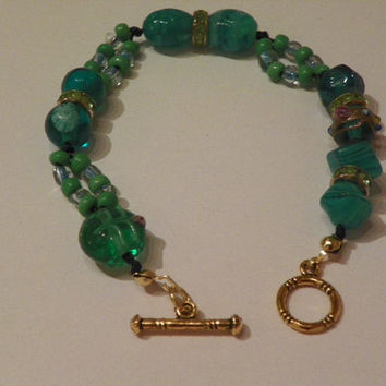 Turquoise and Green Beads Bracelet - Knotted Bracelet - Asian Style Beads Bracelet - Ocean Gold Bracelet