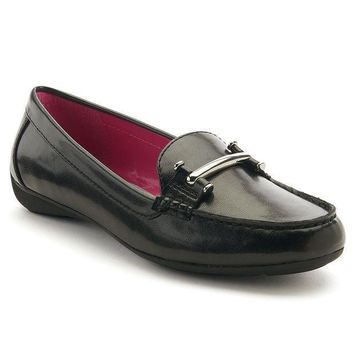 Chaps Women's Slip On Casual Driving Loafers (black)