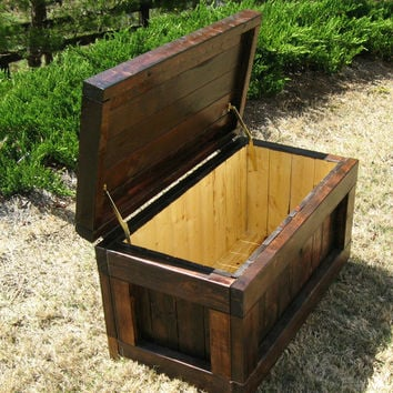Rustic Wood Two-Toned Chest / Trunk / Wooden Chest / Hope Chest / Storage / Blanket Chest / Coffee Table Trunk - Handmade, Custom Order