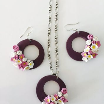 Polymer Clay Floral  Earrings and Pendant Set | Round Shape dangle earring | Sangria color | Flowers | Fashion jewellery| STLTeam