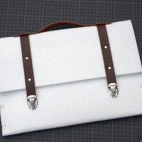 13 MacBook Pro or Air sleeve case white synthetic felt briefcase with leather straps and handle made by SleeWay