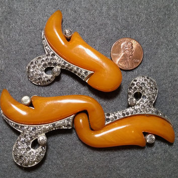 1930s Butterscotch Bakelite buckle and dress clip set w/ rhinestones - very unusual design *Make Offer!*