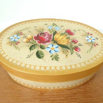 Hurst hand crafted and painted shaker box lined with padded fabric, folk art floral shaker box