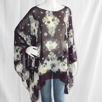 Sheer Paisley Poncho Top/ Oversized Tunic Top/ Lightweight Shawl/ Chiffon Boho Poncho / Beach Cover Up