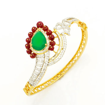 Beautiful Diamond, Ruby and Green Onyx Bracelet in 18Kt yellow gold and 1.86 Ct diamonds Perfect Style Statement for woman