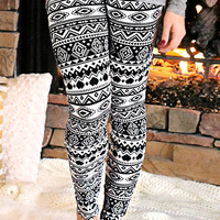 She's Superstitious Leggings - BLACK /