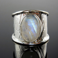 Moonstone Sterling Silver Ring – Size 7.5