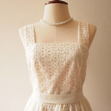 White Lace Dress Off White Lace Dress Simply Gorgeous Romantic White Dress Engagement Dress Vintage Inspired Sundress Sweet Girly Dress
