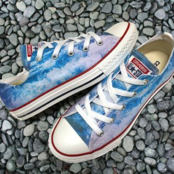 Wild Waves Converse Low Top