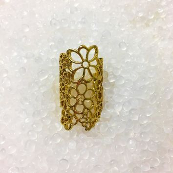Leaving A Mark-Floral Lace Ring