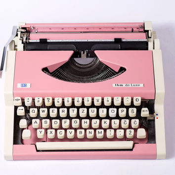 Pink Typewriter, Vintage Bridal gift, millennial pink UNIS tbm Olympia Traveller De Luxe, Portable Manual typewriter - WORKING