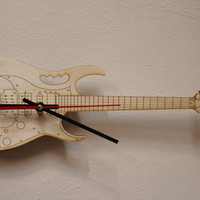 Hanging Guitar Clock - Laser cut Birch