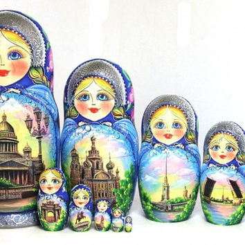 FREE SHIPPING Matryoshka nesting doll Saint-Petersburg set of 10 psc traditional Russian wood art hand painted curved wood easter gift