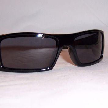 One-nice™ New Oakley Sunglasses GASCAN 03-471 BLACK/GRAY AUTHENTIC OO9014 9014