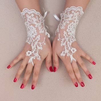 ivory Wedding Glove, ivory lace gloves, Fingerless Glove, ivory wedding gown,FREE SHIP