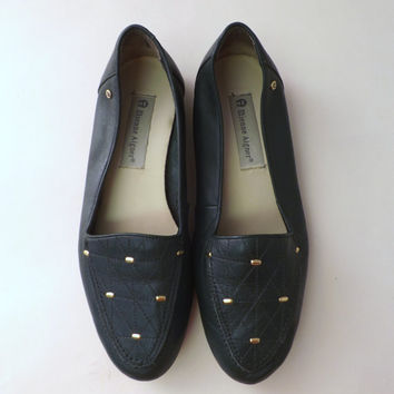 Vintage 80s 90s Dark Green Gold Studded Loafers Size 8.5 Etienne Aigner Leather Flats Oxford Annie Hall Boho Hipster Slide on Slipper Shoes
