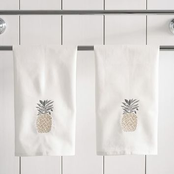 Pineapple Embroidered Guest Towels - Set of 2