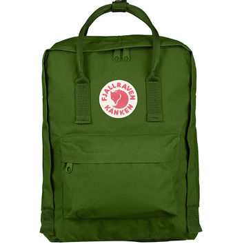 Kånken Classic Backpack - Leaf Green