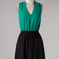 Sleeveless Vintage V- Cut Dress - Jade/Black