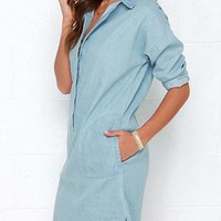 Denim Dress - Pale Blue / Side Pockets / Button Down Front