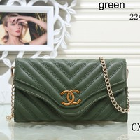 GUCCI Fashionable Women Fashion Leather Chain Bag F-OM-NBPF Green